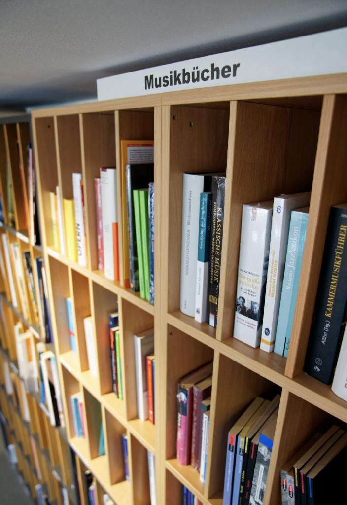 Noten und Bücher